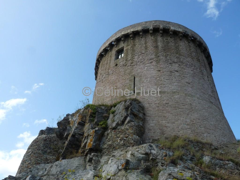 La Tour Donjon Le Fort La Latte Bretagne