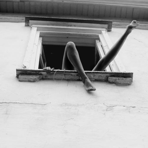 Femme à la fenêtre Roza Woltzogen