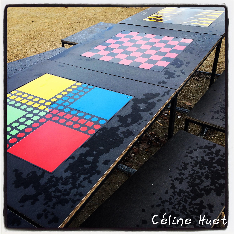 Tables de jeux Bords de Seine Paris France