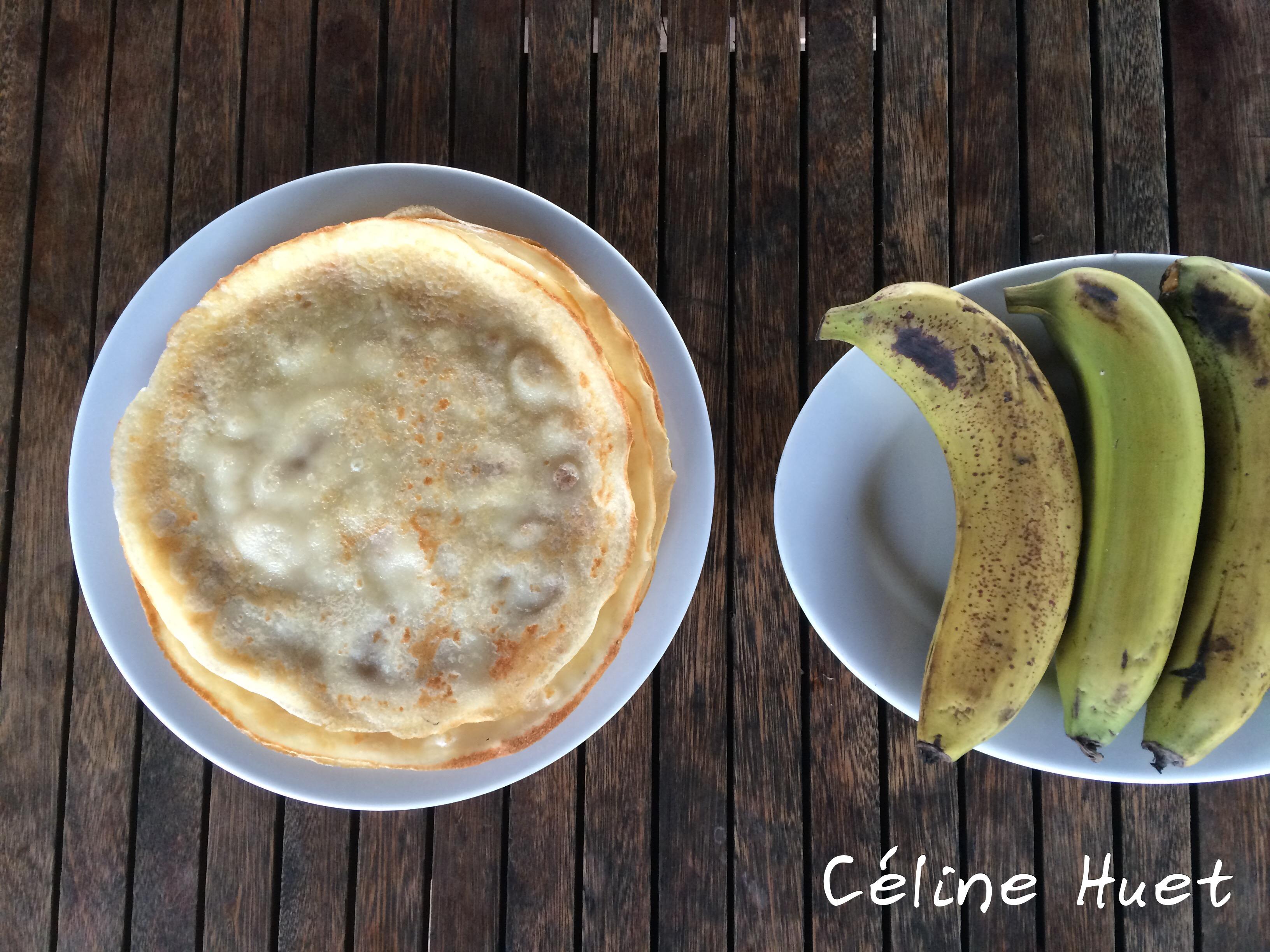 Petit déjeuner Jonque traditionnelle Oriental Sun Far Eastour Baie d'Halong Vietnam Asie