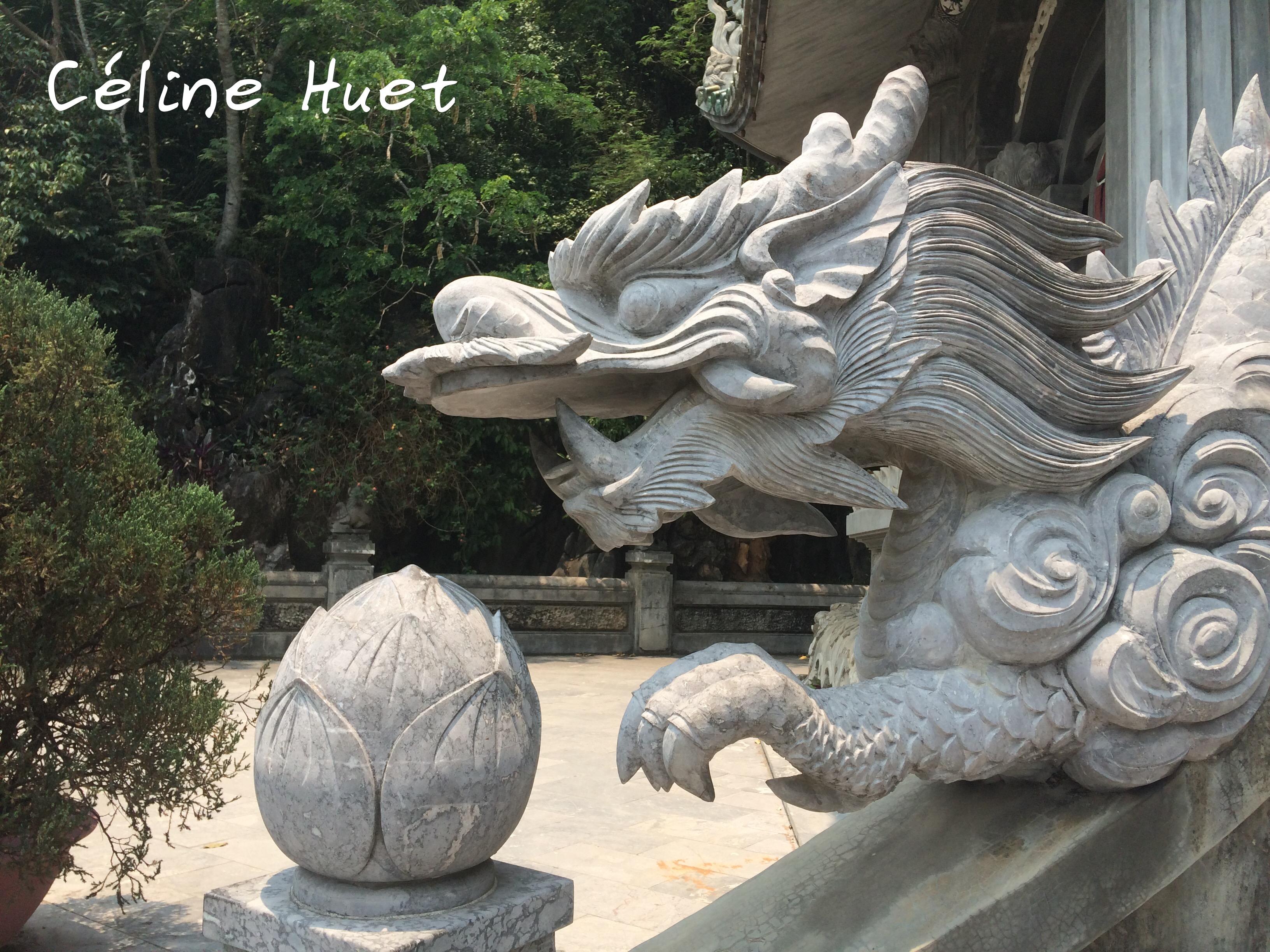 Dragon Xa Loi Tower Montagnes de marbre Da Nang Vietnam Asie