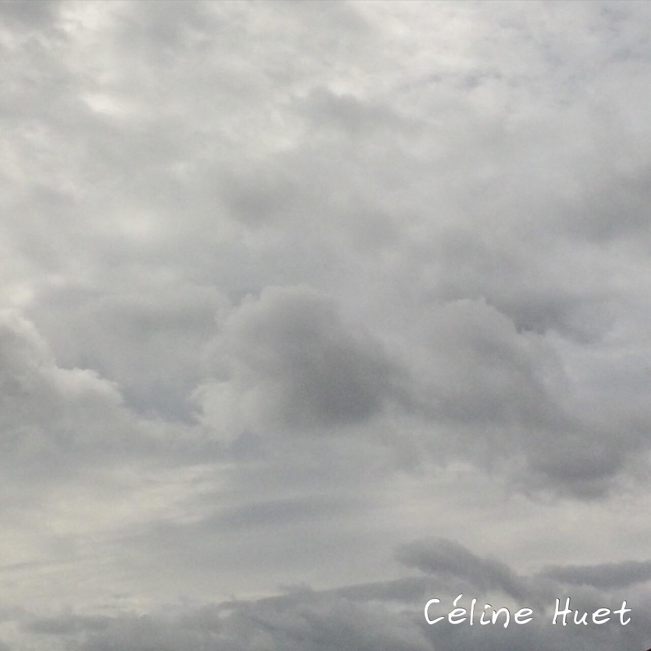Regarder passer les nuages