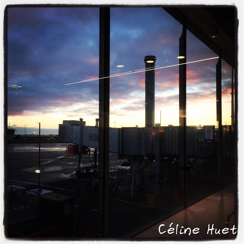 Lever de soleil Aéroport Roissy CDG Terminal 1