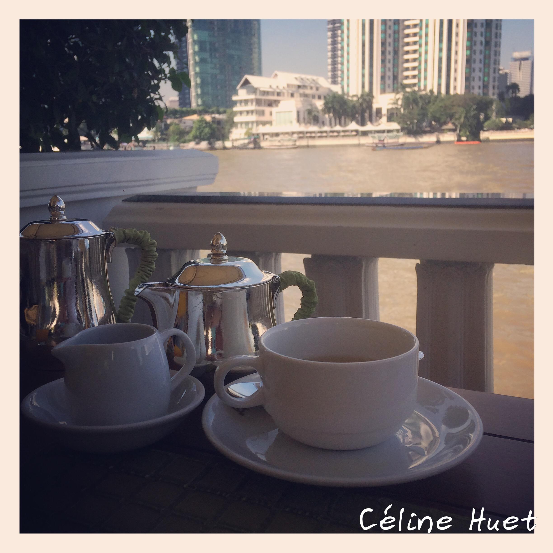 Thé à la citronnelle au bord du Chao Praya Mandarin Oriental Bangkok Thaïlande Asie