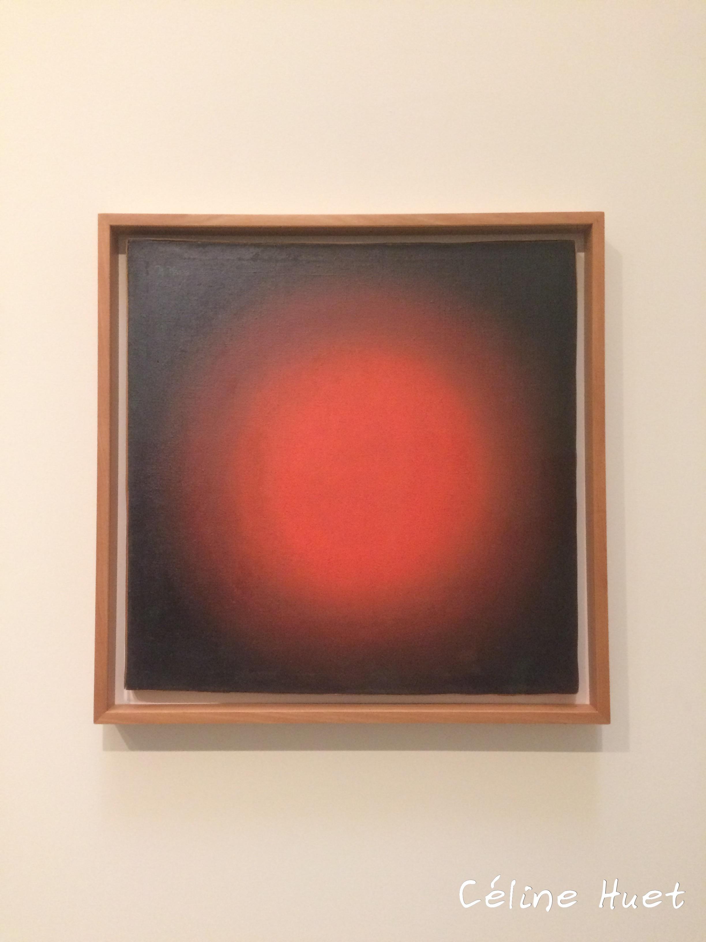 Lumière rouge Composition sphérique Klioune Icônes de l'Art Moderne Fondation Louis Vuitton Paris