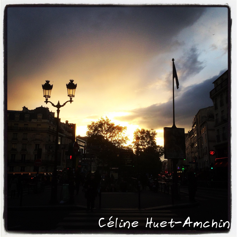 Coucher de soleil Place Pigalle Paris