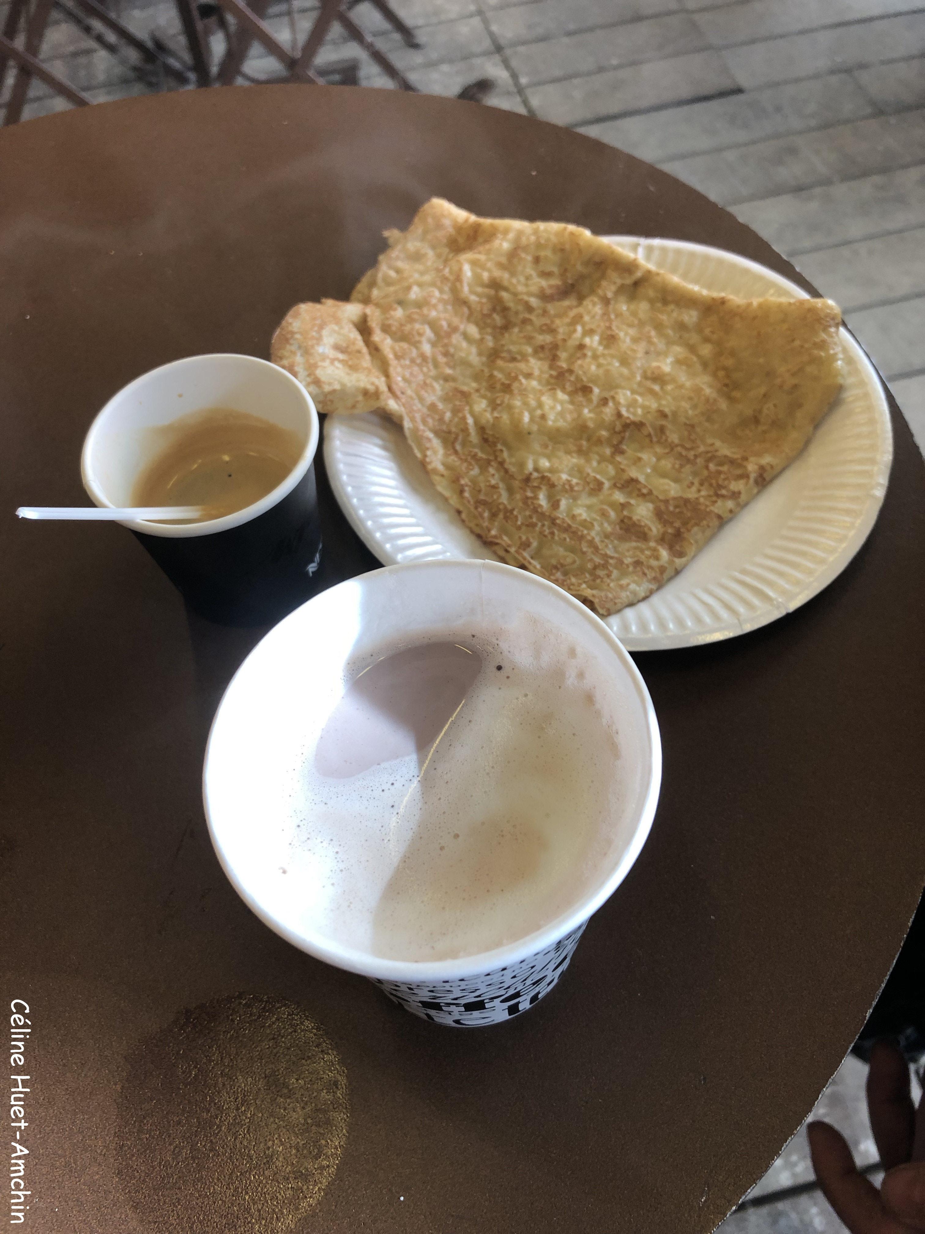 Chocolat chaud café et crêpe Le Mont Saint-Michel Normandie