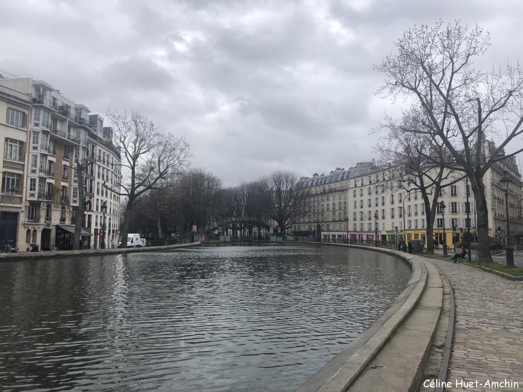«A Paris j'adore tout le quartier du canal Saint-Martin. Il a souvent été le théâtre de films et de chansons renommés. » (Jean d'Ormesson)...